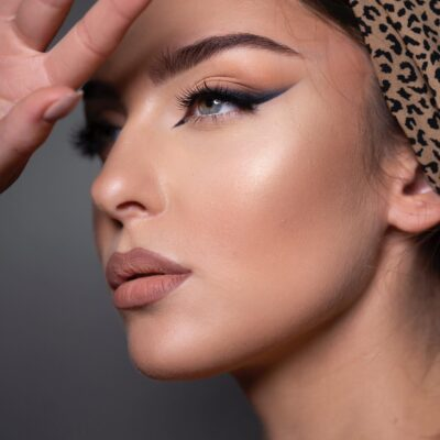 Warszawa 27.10.2021 – Warsztaty makijażu fotograficznego Nude Makeup –  rozwój własnej marki poprzez Social Media
